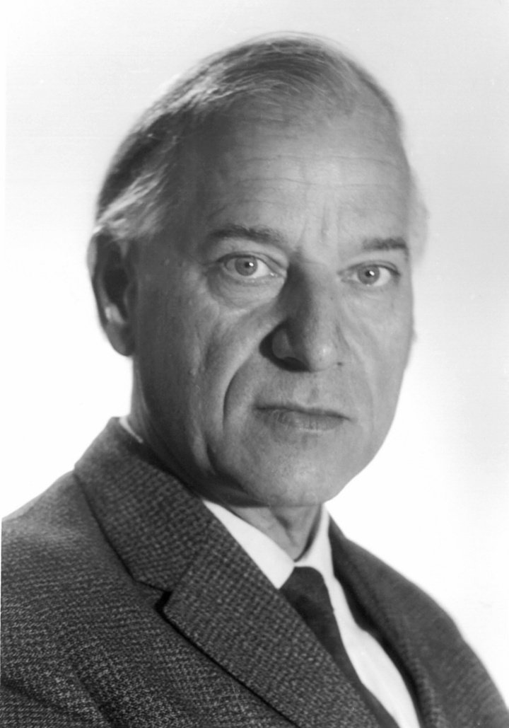 Prof. Artur Weise (c)