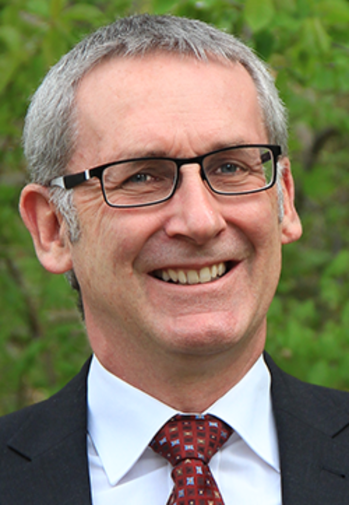Prof. Dr.-Ing. Ewald Krämer